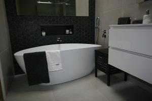 bathroom-avondale-heights-2